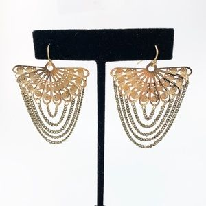 NWOT Gold Fan Earrings